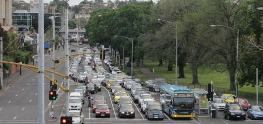 Traffic on Punt Road