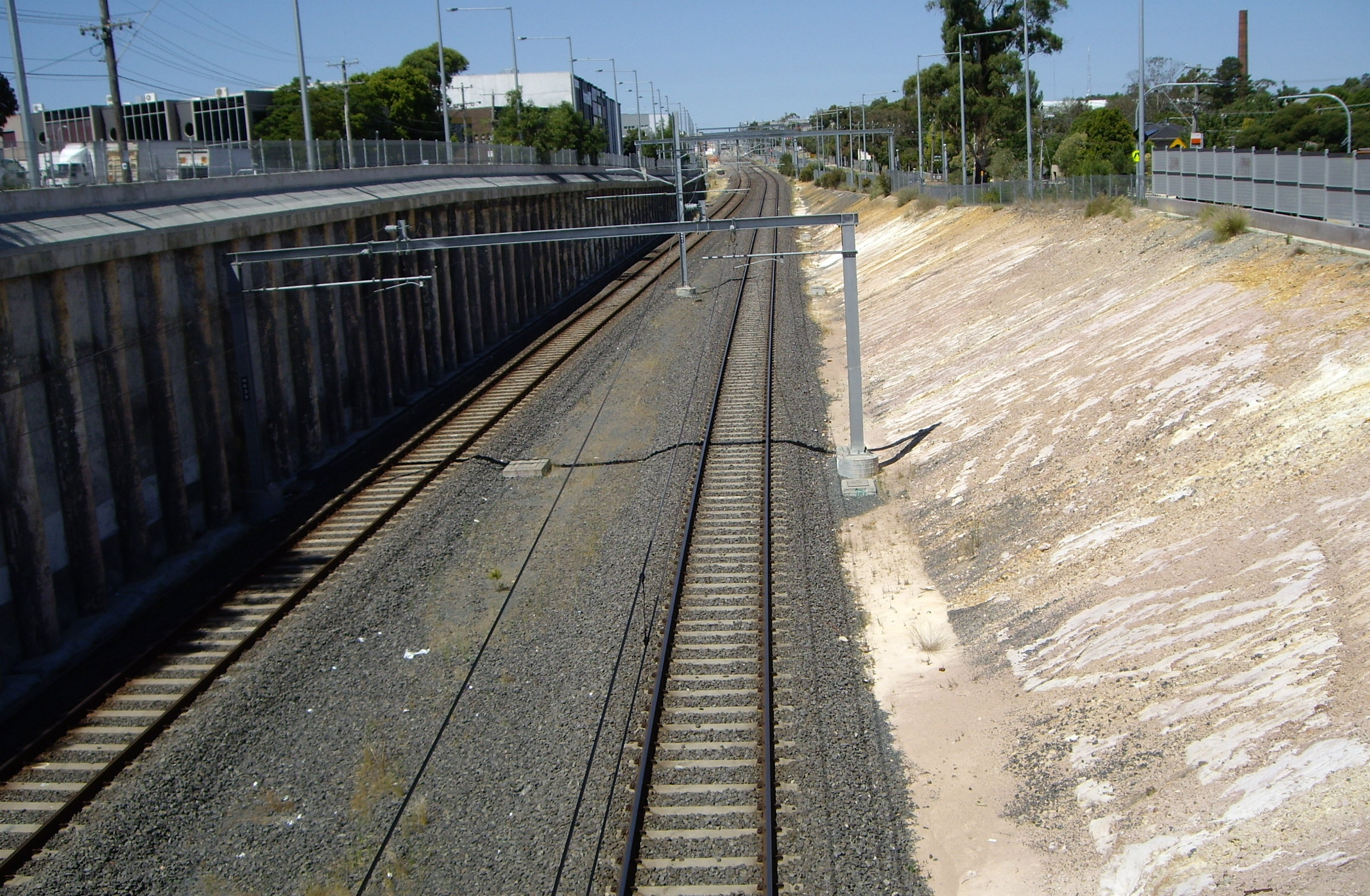 Rail cutting near Nunawading station